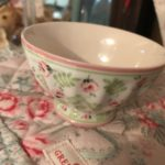 LILY PETIT WHITE FRENCH BOWL MEDIUM (1)